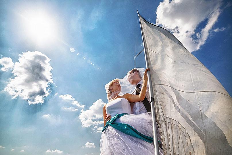 Свадебная церемония на борту парусной яхты в Греции!